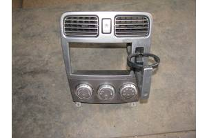 Блоки управления печкой/климатконтролем Subaru Forester