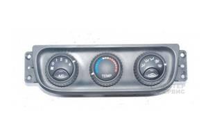 б/у Блок управления печкой/климатконтролем Chevrolet Evanda