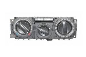 б/у Блок управления печкой/климатконтролем Volkswagen T5 (Transporter)
