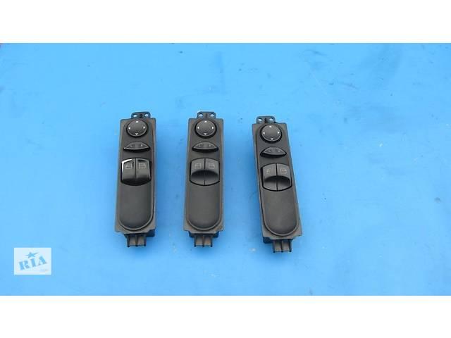 купить бу Блок управления стеклоподьёмниками, кнопки Mercedes Sprinter 906 315 2006-2012г в Ровно
