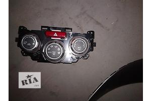 б/у Блок управления печкой/климатконтролем Subaru Forester