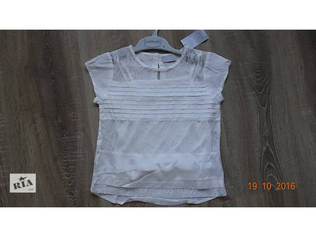 бу Блуза для модницы очень нежная 5-7 лет. в Кривом Роге