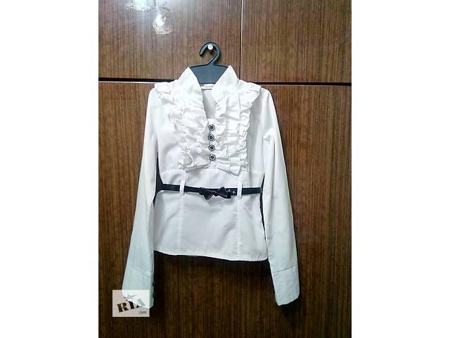 купить бу Блузка школьная нарядная в Хмельницком