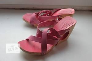 б/у Жіночі сандалі