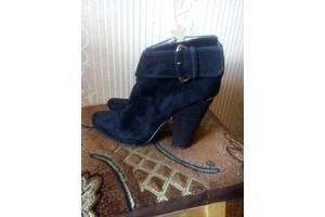 Женские ботинки и полуботинки Queen