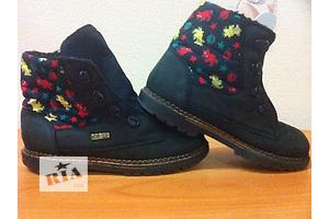 б/в Дитячі осінні черевики