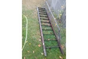 б/у Металлические лестницы
