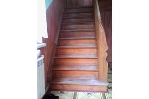 б/у Дерев'яні сходи