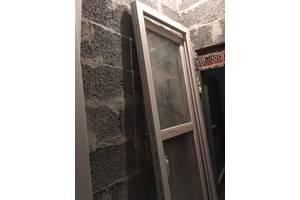 б/у Металопластикові двері