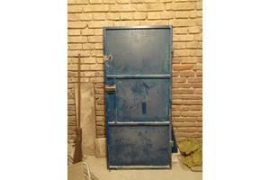 б/у Металлические двери
