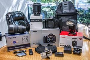 Новые Зеркальные фотоаппараты Canon EOS 1000D Kit (18-55 IS)