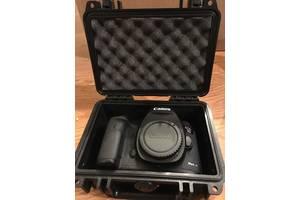 Новые Зеркальные фотоаппараты Canon