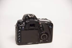 б/у Зеркальные фотоаппараты Canon EOS 7D