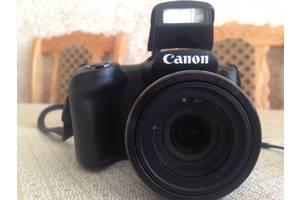 Компактная фотокамера Canon