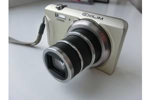 б/у Цифровые фотоаппараты Casio