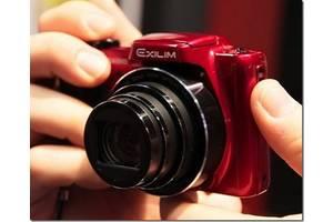 б/у Компактные фотокамеры Casio Exilim EX-S200 Orange