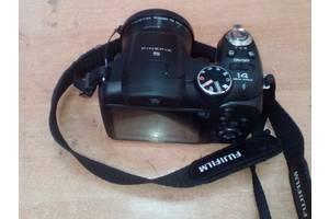б/у Компактные фотокамеры Fujifilm FinePix S2950HD