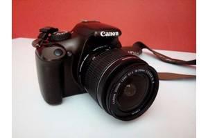 б/у Зеркальные фотоаппараты Canon EOS 1000D Kit (18-55)
