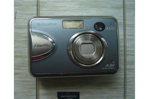 б/в Компактні фотокамери Fujifilm