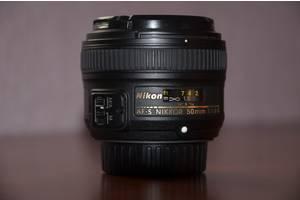 б/у Зеркальные объективы Nikon