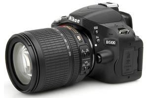 б/у Профессиональные фотоаппараты Nikon D5100 Kit (18-105 VR)