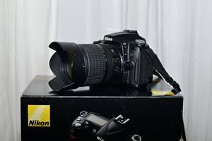 б/в Зеркальные фотоаппараты Nikon D90 Kit (18-105 VR)