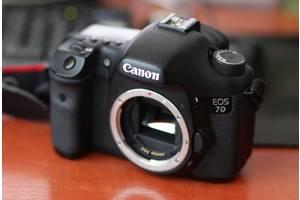 б/у Полупрофессиональные фотоаппараты Canon EOS 7D
