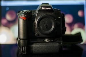 б/у Профессиональные фотоаппараты Nikon D90