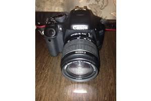 б/у Зеркальные фотоаппараты Canon EOS 550D
