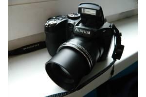 б/у Полупрофессиональные фотоаппараты Fujifilm FinePix S2800HD