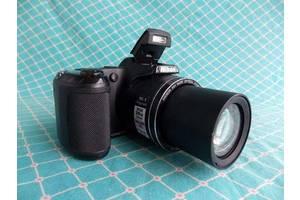 б/в Полупрофессиональные фотоаппараты Nikon