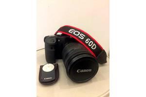 б/у Зеркальные фотоаппараты Canon EOS 60D Kit (18-200)