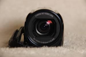 б/у Профессиональные видеокамеры Canon