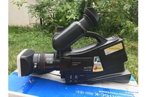 б/у Профессиональные видеокамеры Panasonic HDC-MDH1