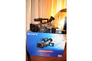 б/у Профессиональные видеокамеры Sony