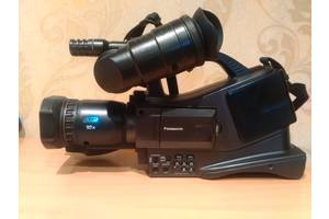 б/у Профессиональные видеокамеры Panasonic
