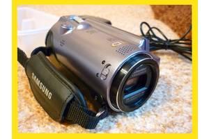 б/у Профессиональные видеокамеры Samsung HMX-H200