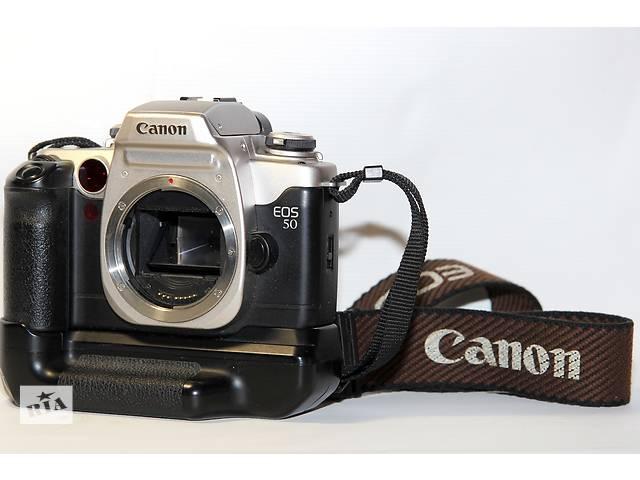 продам Canon EOS 50 (ELAN II) с бустером (бат-блок) бу в Новограде-Волынском
