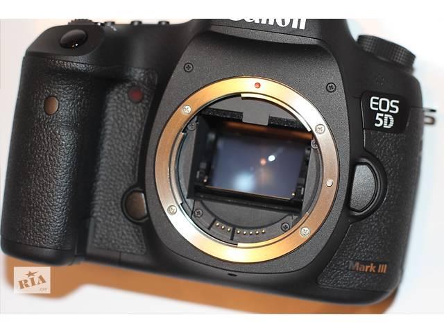 купить бу Canon EOS 5D Mark III (Body) в Одессе