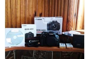 б/у Напівпрофесійні фотоапарати Canon EOS 600D
