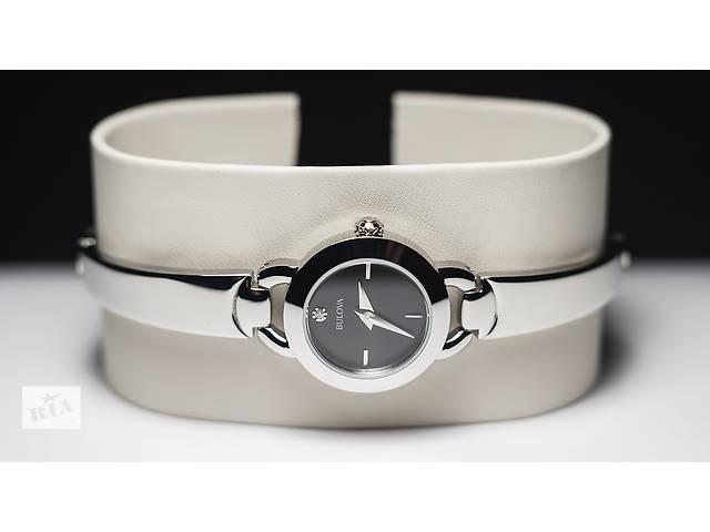 купить бу Часы с бриллиантом. Bulova часы женские.Новые.Оригинал. в Запорожье
