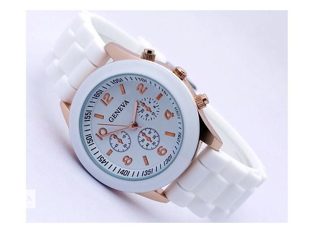продам Часы женские Geneva Luxury бу в Виннице