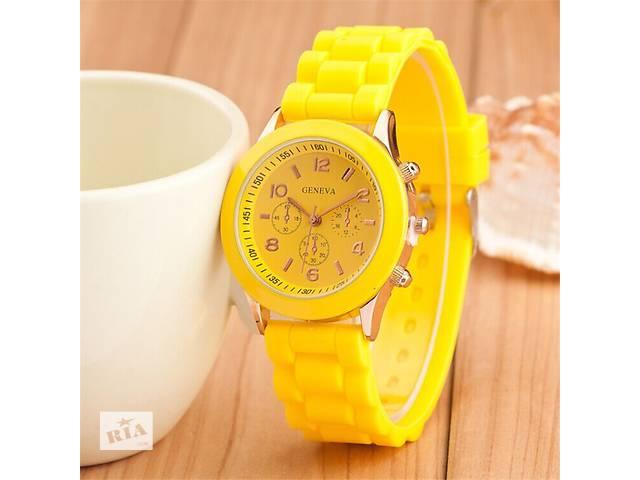 бу Часы наручные часы желтые мятные голубые красные белые черные шоколадные в Кривом Роге (Днепропетровской обл.)