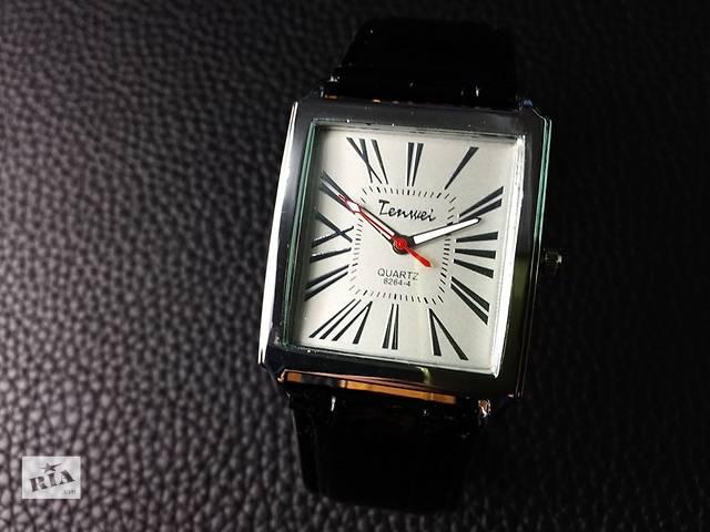 Часы- объявление о продаже  в Днепре (Днепропетровске)
