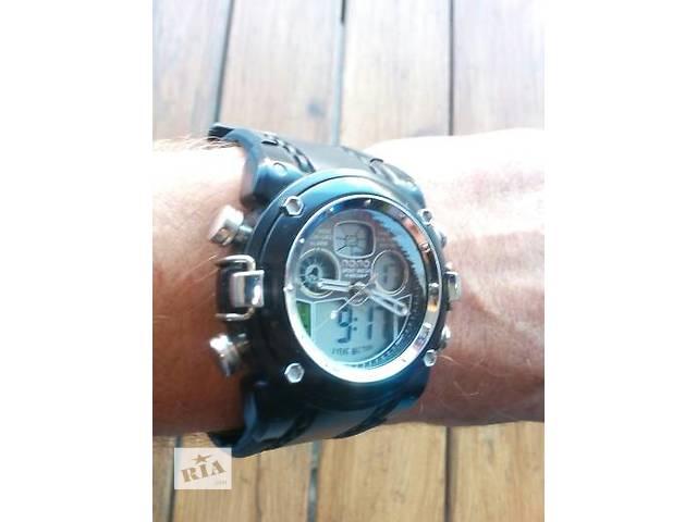Часы- объявление о продаже  в Мукачево