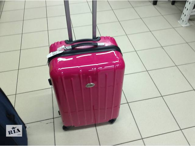 Авс пластик чемодан