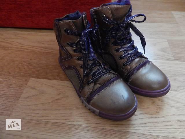 продам Ботинки кожаные для девочки бу в Львове