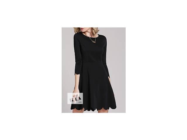 купить бу Чёрное платье воланами с круглым воротником  в Николаеве