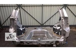 Четверти автомобиля Mitsubishi Space Star