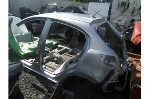 б/у Четверти автомобиля Mazda 2